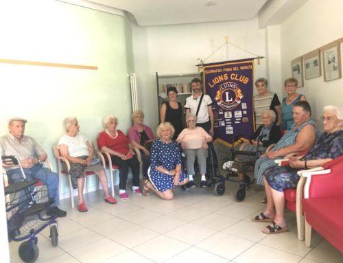 Lions Club Scarnafigi e Piana del Varaita: consegna di libri alla casa di riposo Wild di Piasco